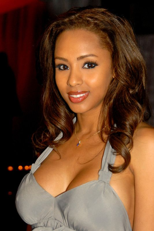 58 ans de Playboy, 1 seule Playmate africaine